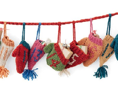 hats and mittens advent calendar - myfrenchtwist.com