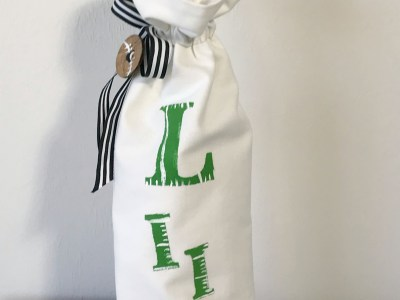 superbowl wine bag