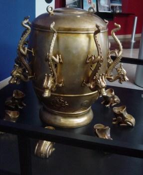 Chinese dragon jar seismometer