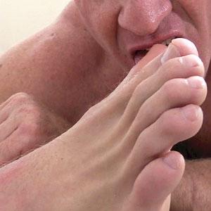 females tickling males