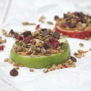 Apple Slices with Peanut Butter, Granola & Chocolate Chips