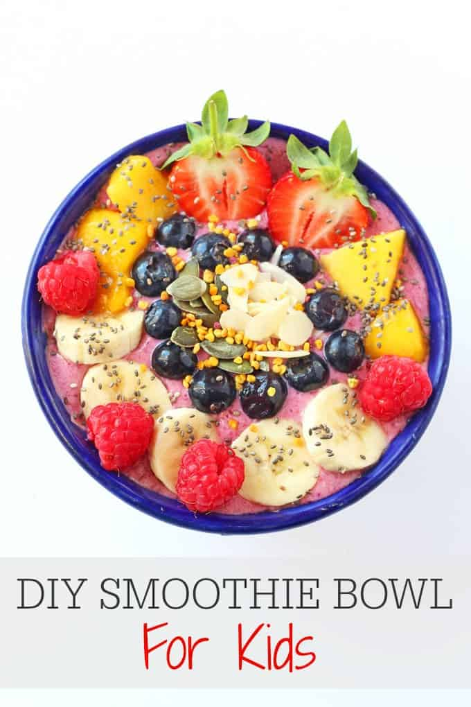 Get the kids more involved in making their meals with these DIY Smoothie Bowls | My Fussy Eater blog