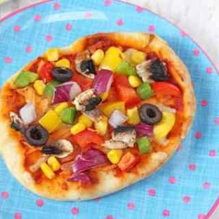 DIY Pitta Bread Pizza for Kids