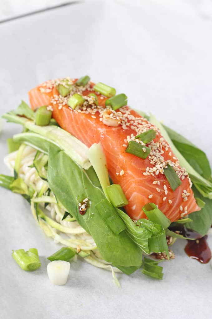 A delicious and easy one pan meal with salmon, noodles and vegetables all cooked together in a parchment parcel | My Fussy Eater blog