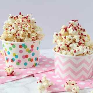 3 Minute Raspberry Vanilla Popcorn