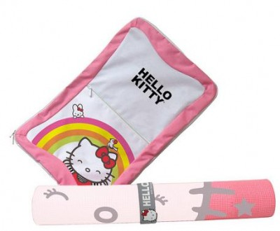 Hello Kitty Yoga Mat and Travel Case for Wii Balance Board - Review Hello Kitty Yoga Mat and Travel Case for Wii Balance Board – Review 457SquallSnake7