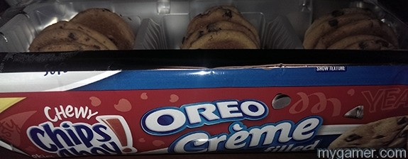 Chips Ahoy Oreo side package Gamer's Gullet - Chewy Chips Ahoy Oreo Crème Filled Review Gamer's Gullet – Chewy Chips Ahoy Oreo Crème Filled Review Chips Ahoy Oreo side package
