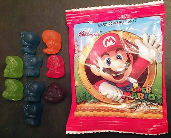 gamer's gullet – kellogg's super mario assorted fruit flavored snacks review Gamer's Gullet – Kellogg's Super Mario Assorted Fruit Flavored Snacks Review Kelloggs Mario Fruit Snacks Box PackageSnacks