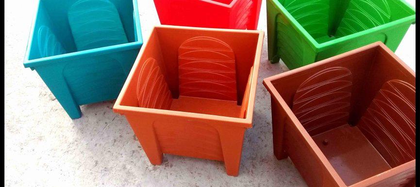 "Square Pot (Plastic) (11.5"" X 11.5"" X 11.5"") - MGCON3036-40"