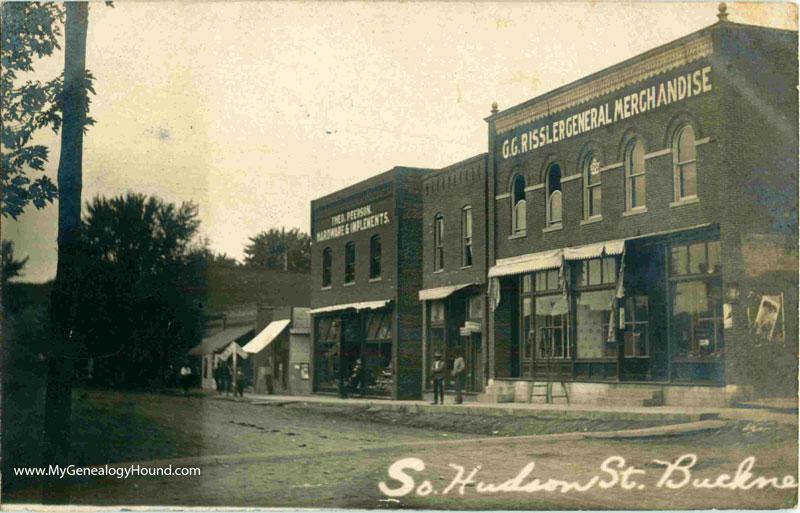 Buckner Missouri South Hudson Street Vintage Postcard