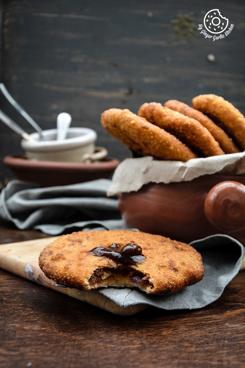 recipe-Jaipuri-pyaaz-ki-kachori-anupama-paliwal-my-ginger-garlic-kitchen-|mygingergarlickitchen.com/ @anupama_dreams