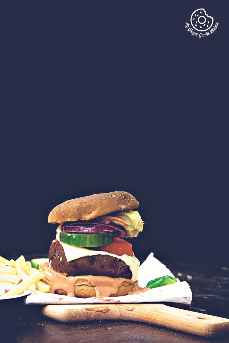 Aloo Tikki Burger | mygingergarlickitchen.com/ @anupama_dreams