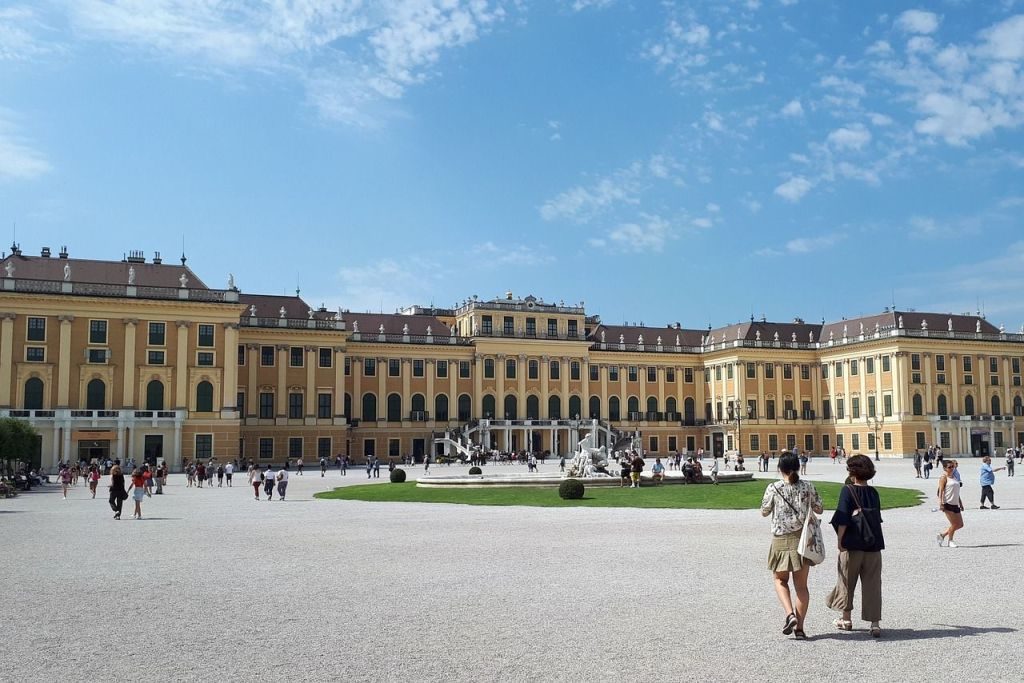 Schonbrunn Palace, most beautiful cities in Europe