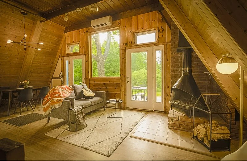 32 Unique Airbnbs In New England Cabins Treehouse Vacation Rentals