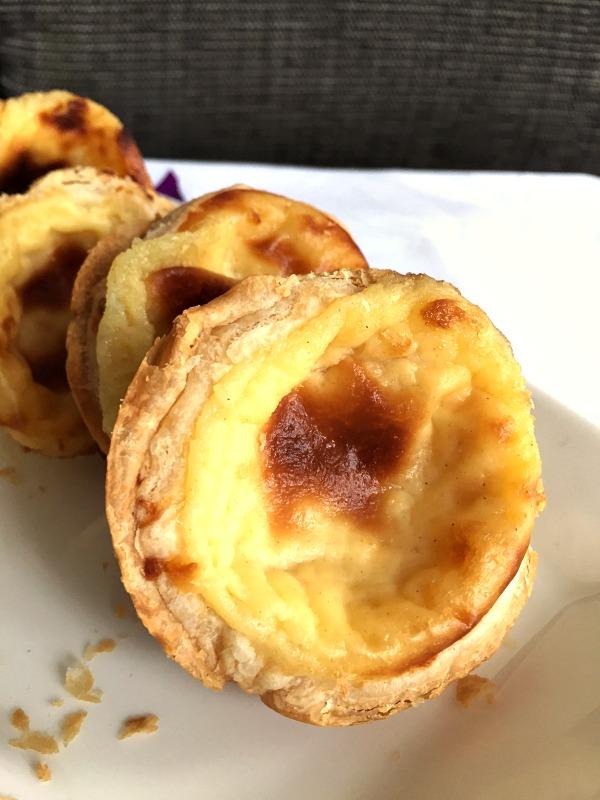 Pastéis de nata (Portuguese custard tarts)