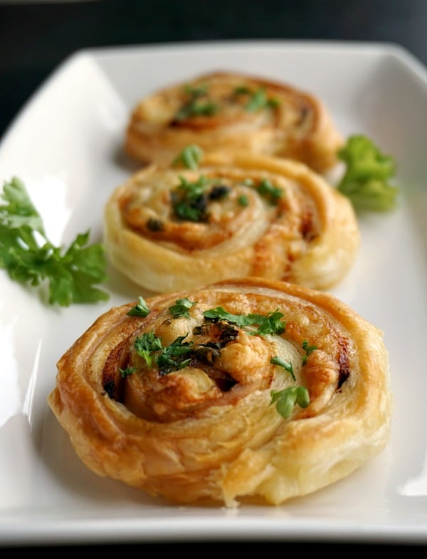 Turkey and cheese pinwheels with puff pastry