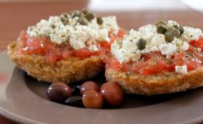 ntakos-rusks-with-tomato-and-cheese-2