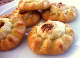 Cretan Sweet Cheese Pastries Recipe (Kalitsounia)-2