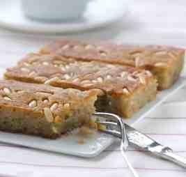 Samali recipe (Greek semolina cake)