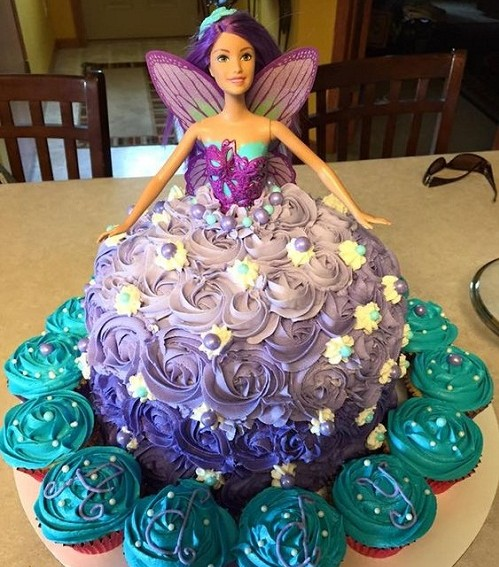 barbie-fairy-images-of-birthday-cakes-with-cupcakes