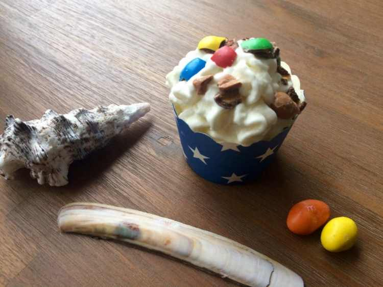 frozen yoghurt m&m's