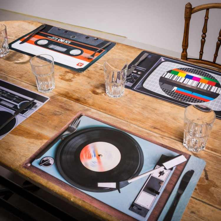 retro-tafelset-4-delig-4c0