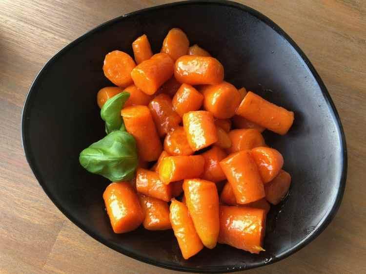 Gekarameliseerde wortelen