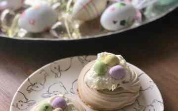 Mokka meringue nestjes