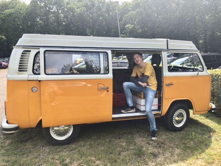 Retro Volkswagen Camper