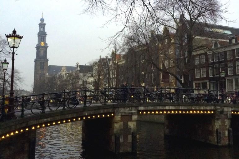 Noch bis Mitte Januar leuchtet die Stadt in den Farben vom Amsteram Light Festival