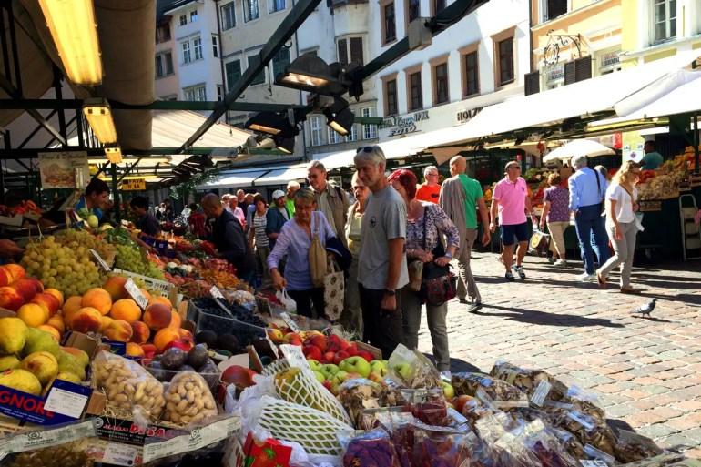Ein Bummel über den Obstmarkt gehört definitiv dazu