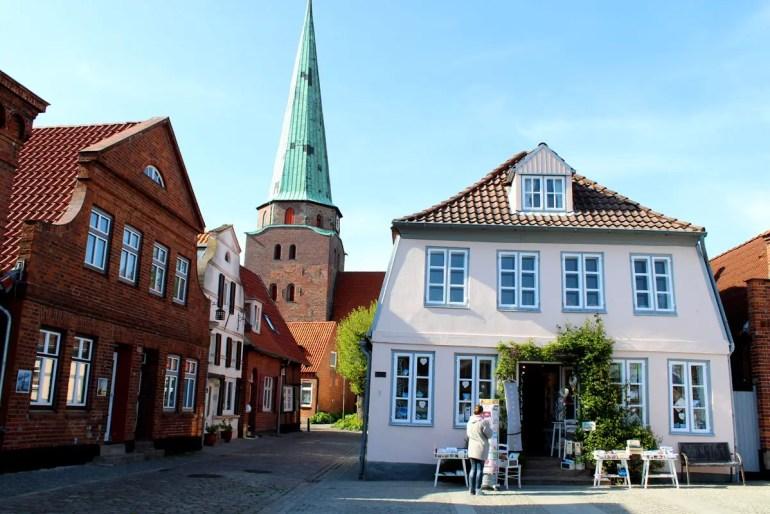 Einen Abstecher wert: die Altstadt von Travemünde