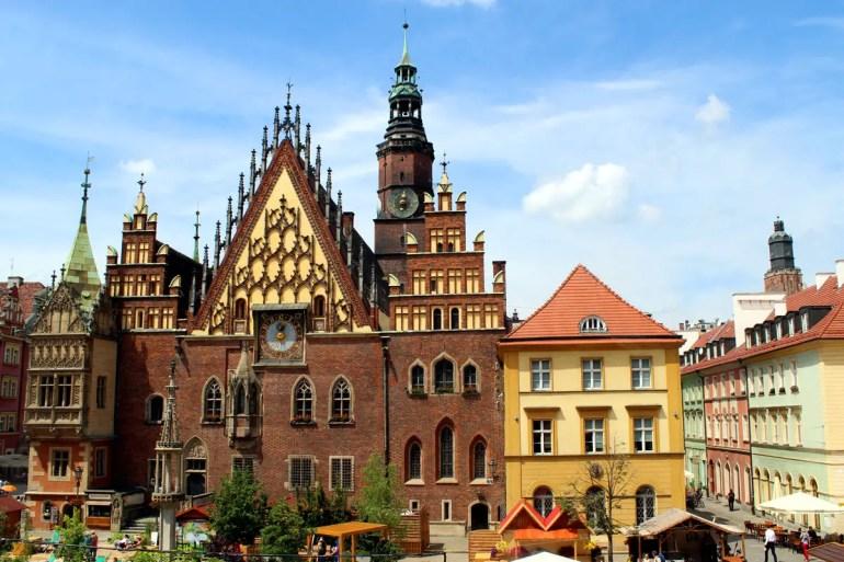 Gotische Giebel an der Ostfassade des Rathauses