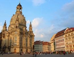 Dresdens altes und neues Wahrzeichen: die Frauenkirche