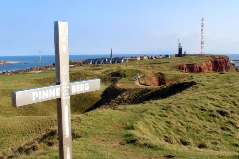 Der Pinneberg bietet einen tollen Ausblick über die Insel und bis zur Düne