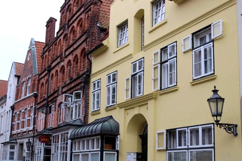 Die hübschen Fassaden in Lüneburgs Altstadt