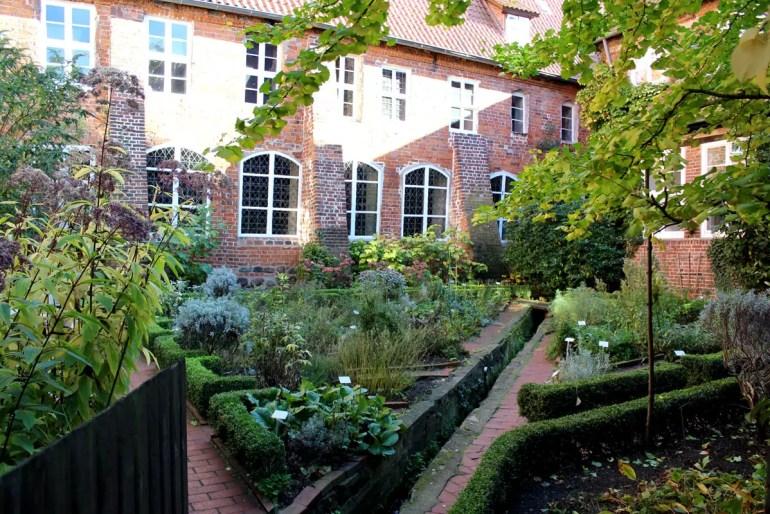 Der Klostergarten im Lüneburger Kloster Lüne