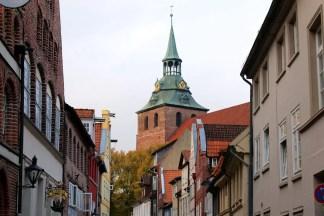 Die St. Michaelis Kirche liegt in Mitten der historischen Altstadt von Lüneburg