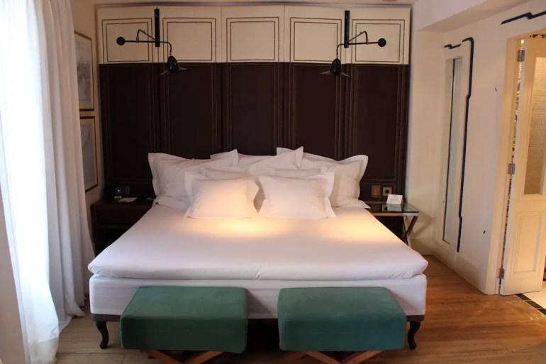 Groß und gemütlich sind die Betten im Hotel Cort