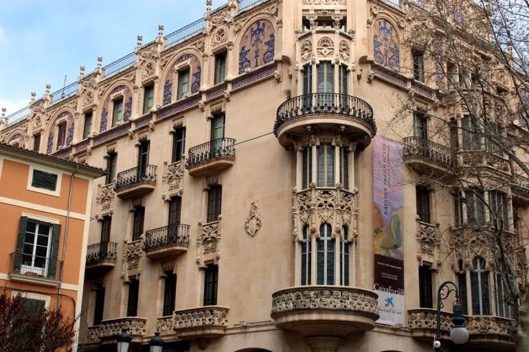 Einer der repräsentativsten Bauten im Modernisme-Stil ist Palmas ehemaliges Gran Hotel