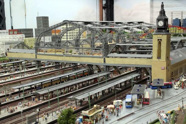 Der Hamburger Hauptbanhof ist einer der größten Bahnhöfe