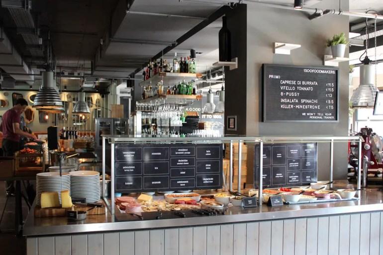 Das Frühstücksbüffet im 1500 foodmakers bietet viel Auswahl