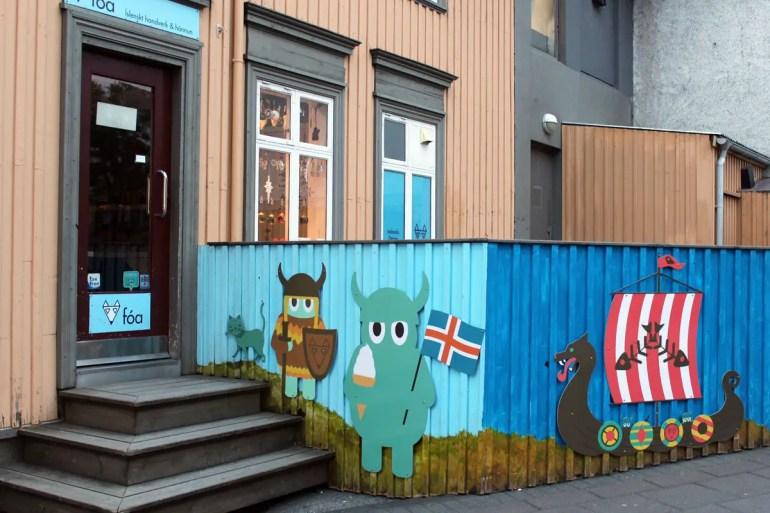 Freundliche Wikinger: Street Art in Reykjavík