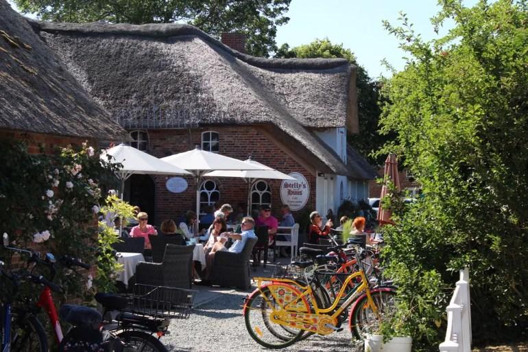 Das Café Stelly's Hüüs in Oldsum