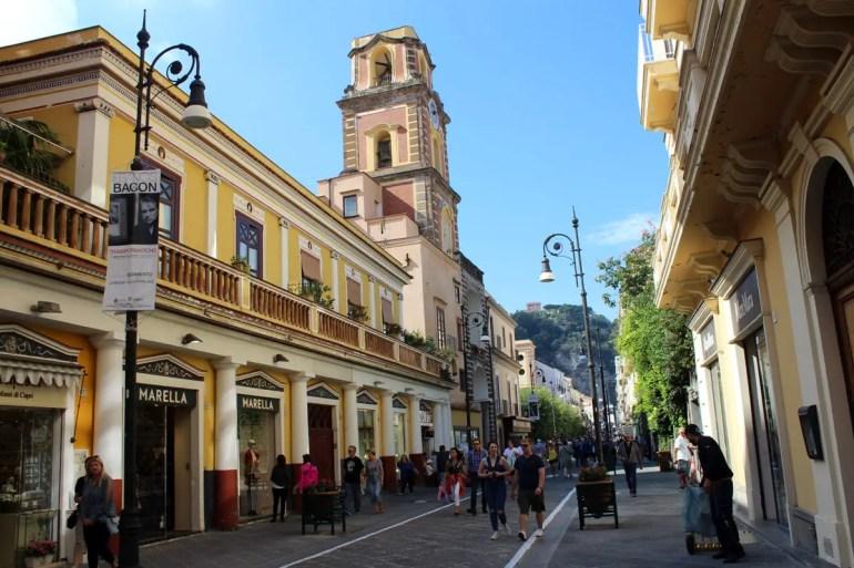 Der Corso Italie ist die Haupteinkaufsstraße