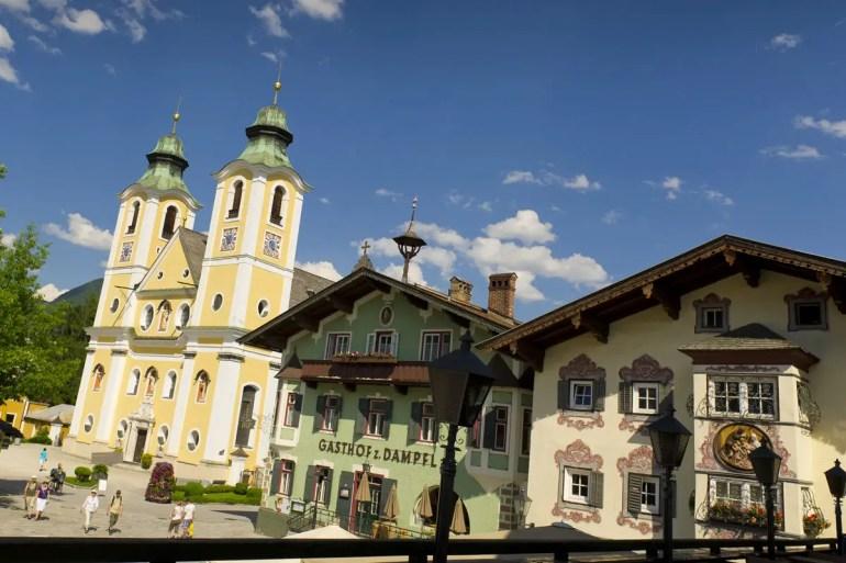 Das Zentrum von St. Johann in Tirol mit der Pfarrkirche (Credit: Region St. Johann in Tirol / Franz Gerdl)