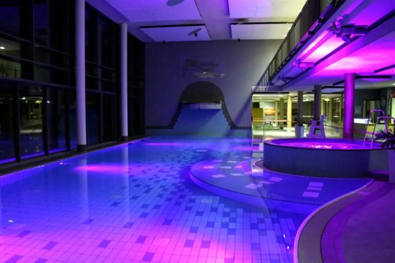 Ein ganzes Schwimmbad nur für uns: das Erlebnisbad im FehMare