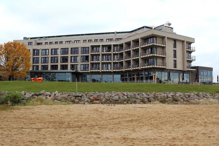 Das Arborea Marina Resort Neustadt hat seinen eigenen Strand