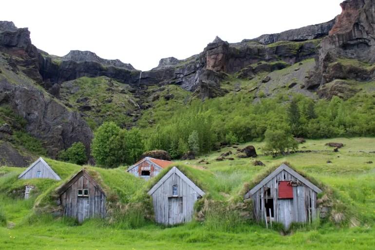 In Nupstadur sind noch einige alte Grassodendächer erhalten