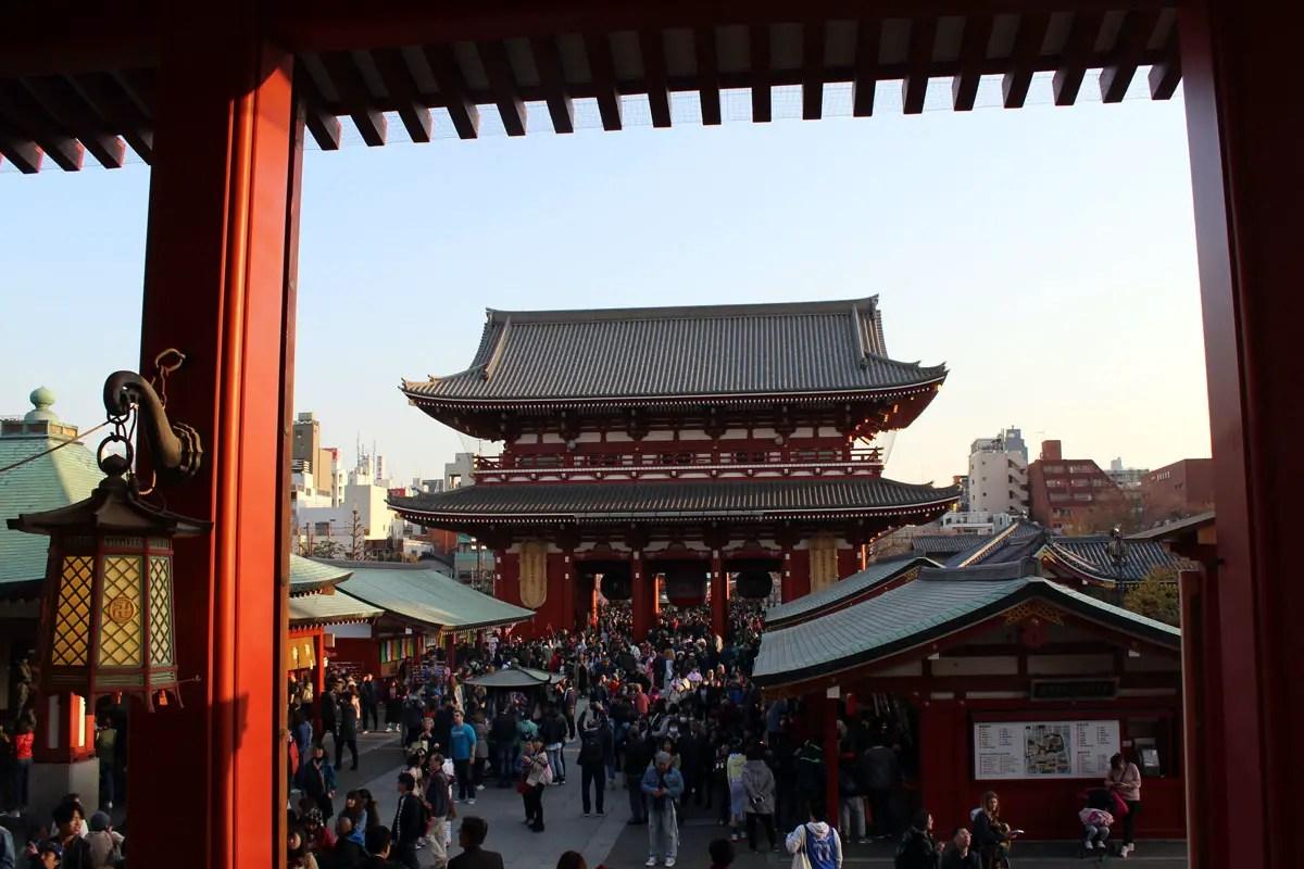 Der Sensoji-Tempel gilt als schönster Tempel Tokios